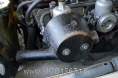 1967_MGB_GT_engine_031