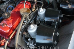 1967_MGB_GT_engine_060