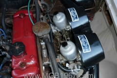 1967_MGB_GT_engine_063
