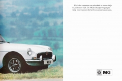MG MGB 1973 brochure Dutch 15.JPG