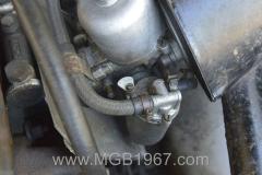 1967_MGB_GT_engine_014