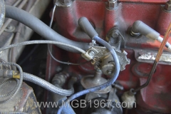 1967_MGB_GT_engine_016