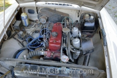1967_MGB_GT_engine_019