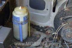 1967_MGB_GT_engine_023