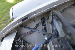 1967_MGB_GT_engine_045