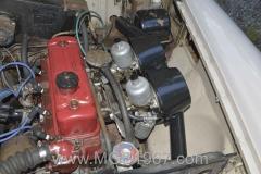 1967_MGB_GT_engine_056