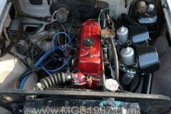1967_MGB_GT_engine_061