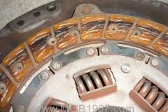 1967_MGB_GT_engine_087
