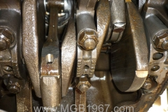 1967_MGB_GT_engine_097