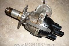 1967_MGB_GT_engine_119
