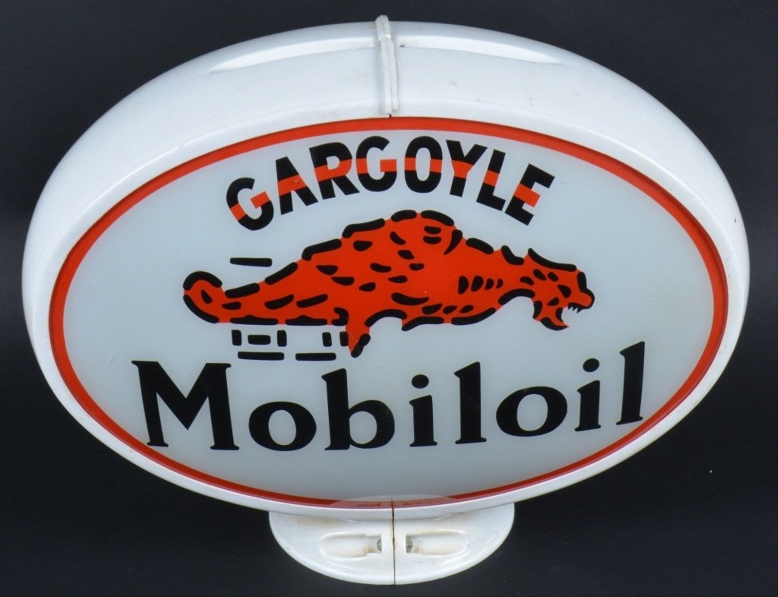 Gargoyle Mobiloil Vintage Gas Pump Globe