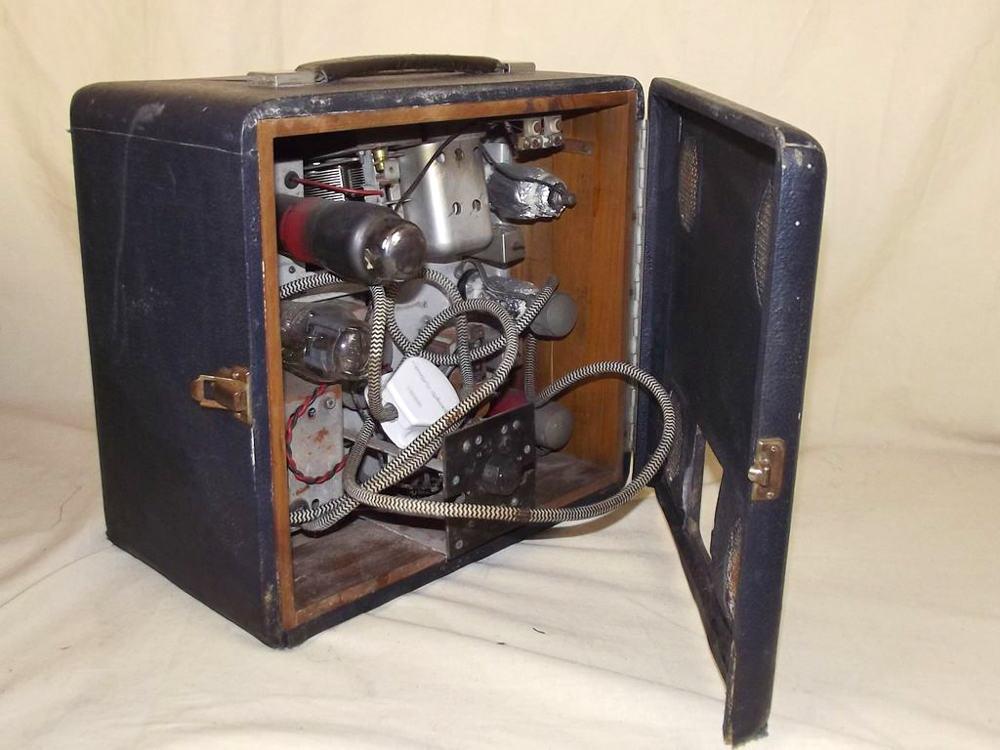 Mg 1940 S Portable Valve Radio By Roberts Radio Interior