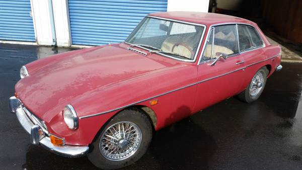Red 1969 MGB GT for sale | 1967 MGB GT